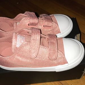 Size 10 toddler Converse brand new